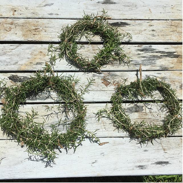 ローズマリー 麻紐 ヘンプコード リース ハーブ ハサミ rosemary hemp cord wreath herb